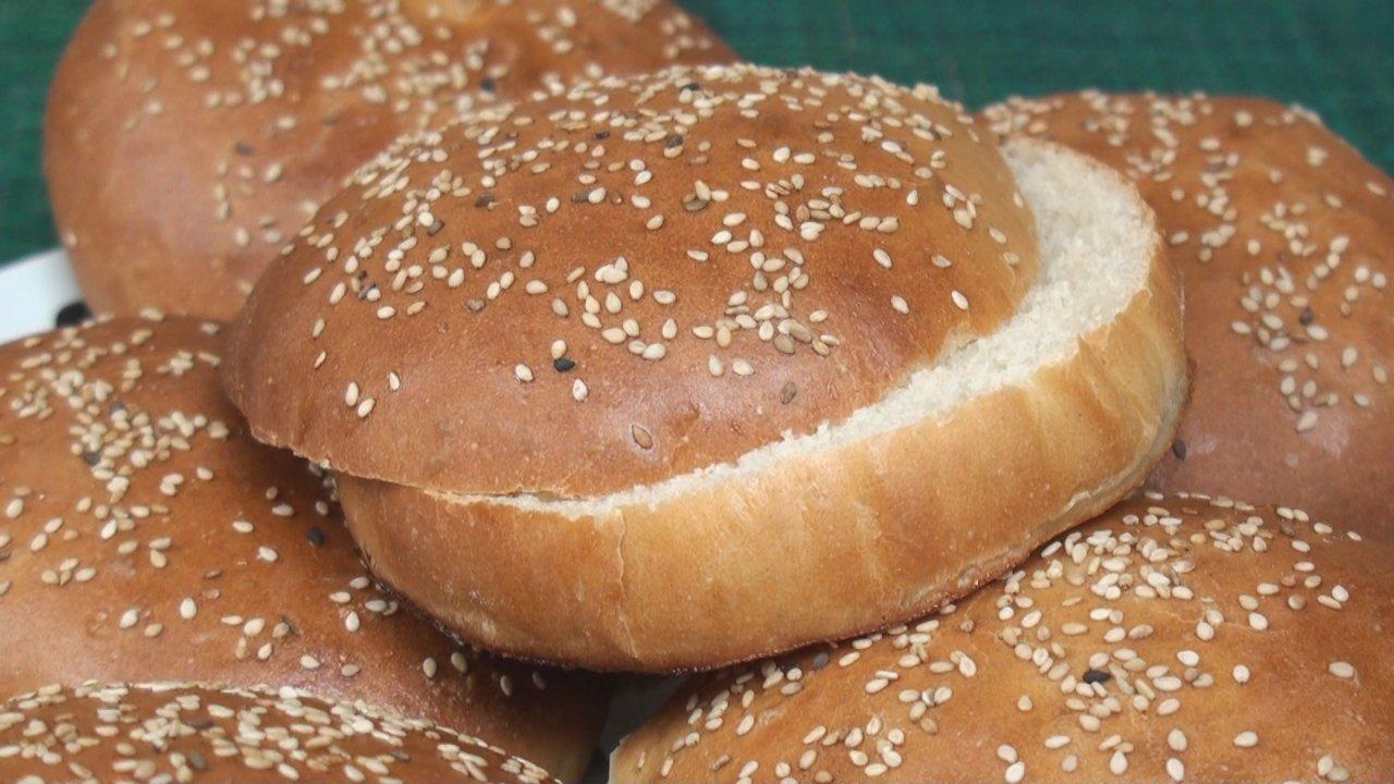 Sesame Seed Burger Bun Recipe - The Bread Kitchen